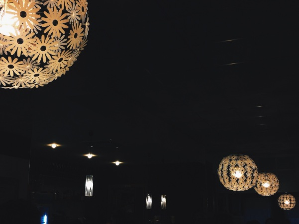 lamps flowers bar